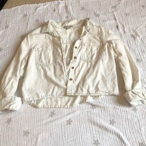 Charlotte Russe cropped button up